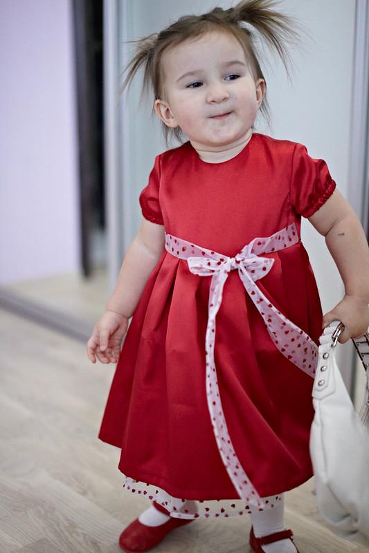 Первое красное платье от Ольга Истомина