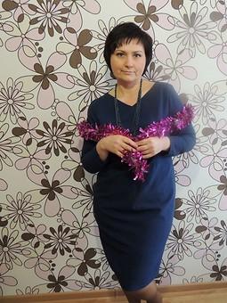 Работа с названием Платье к Новому году...