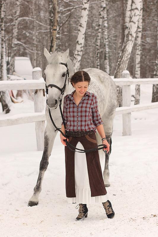 Два коня уменя, два коня ))