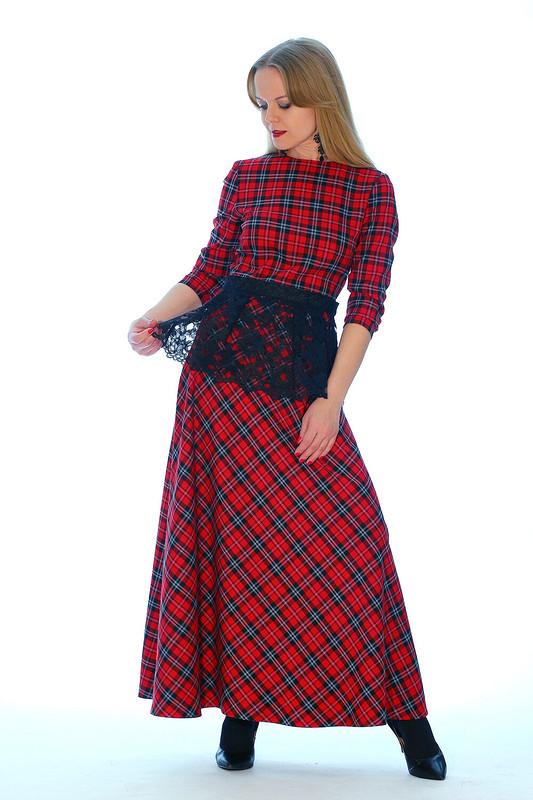 Красное платье от Agnia