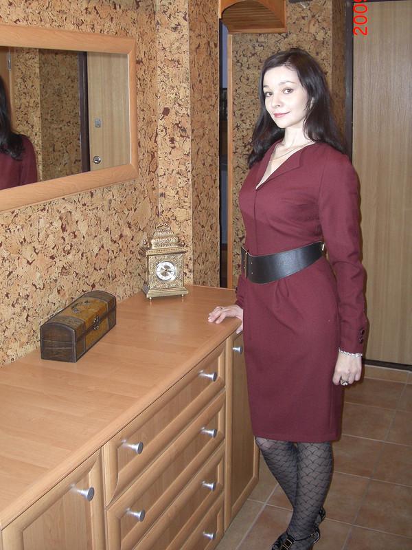 Бордовое шерстяное платье от Лентяйка