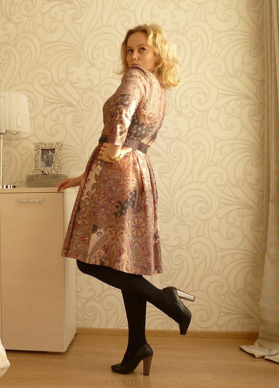 Платье от Caramel