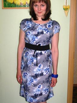 Работа с названием Платье для прогулок с коляской ))