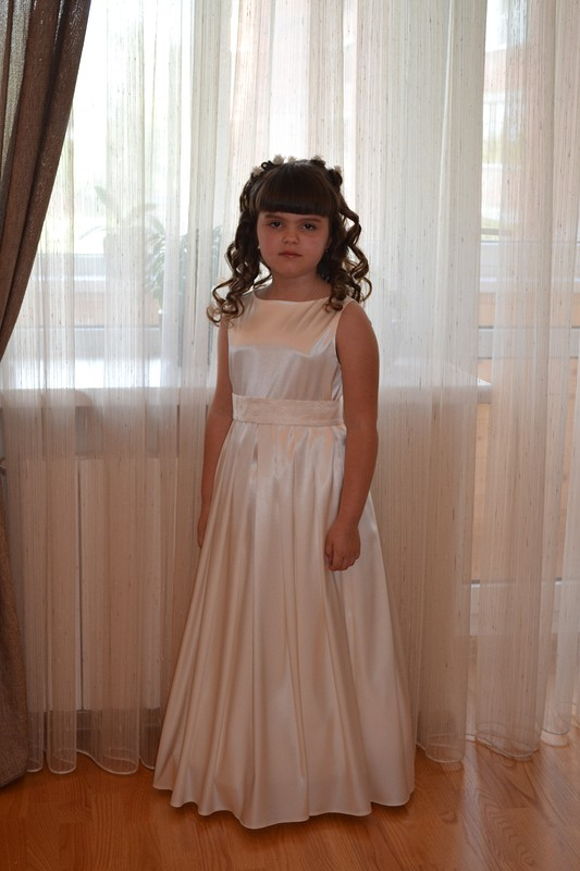 Платье навыпускной