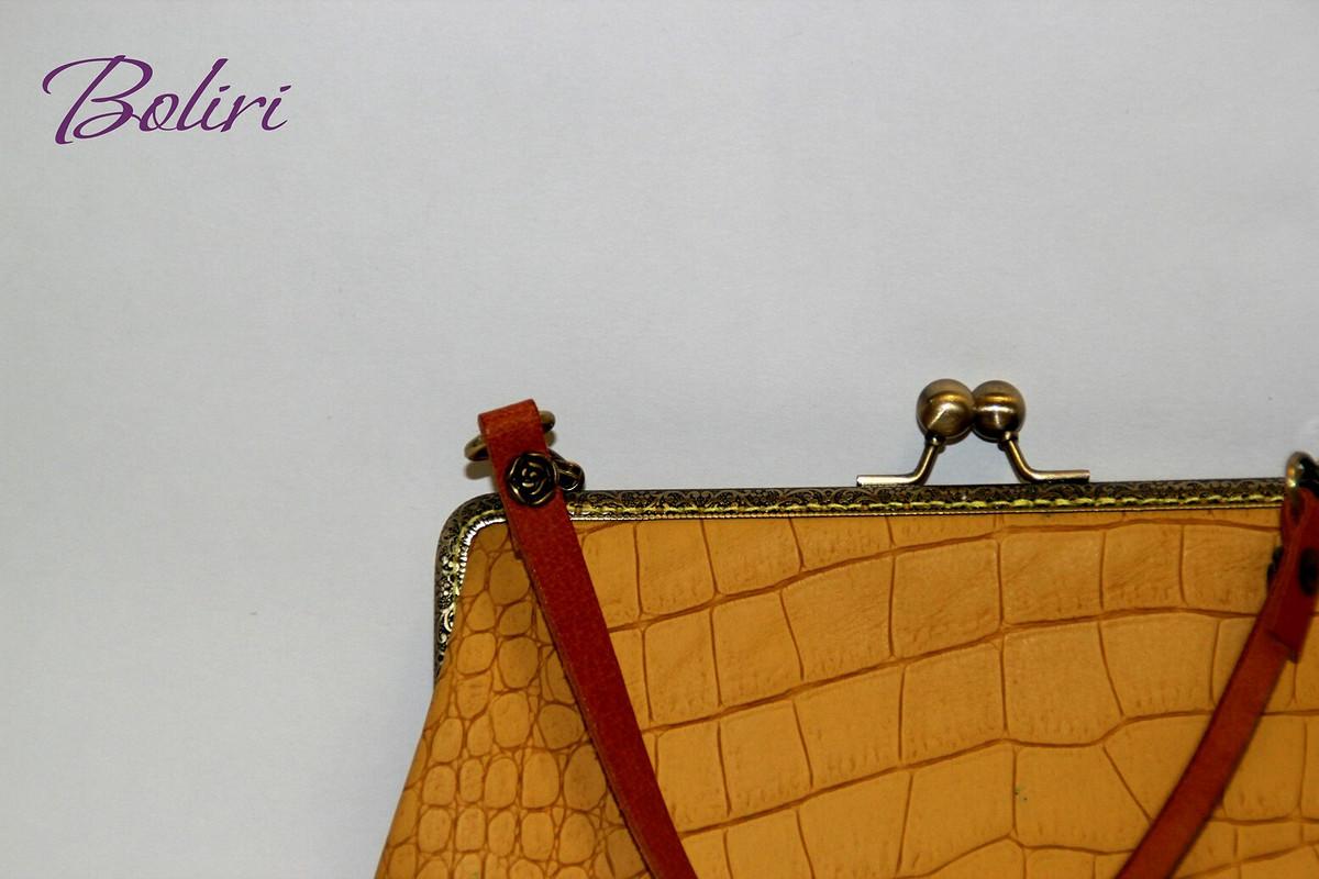 сумочка сфермуаром «Ретро»