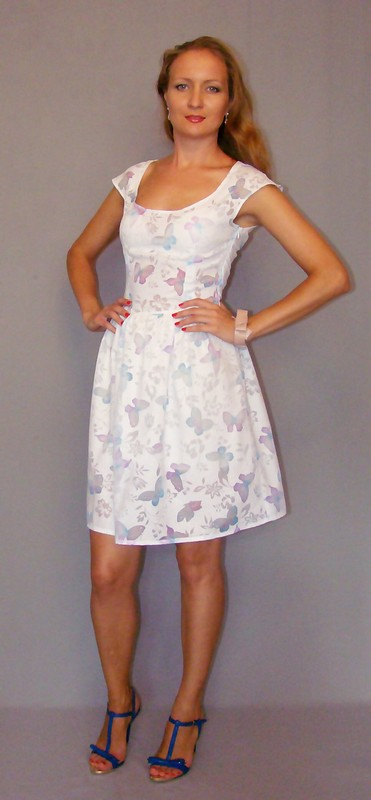 Платье-бабочки от Kingspan