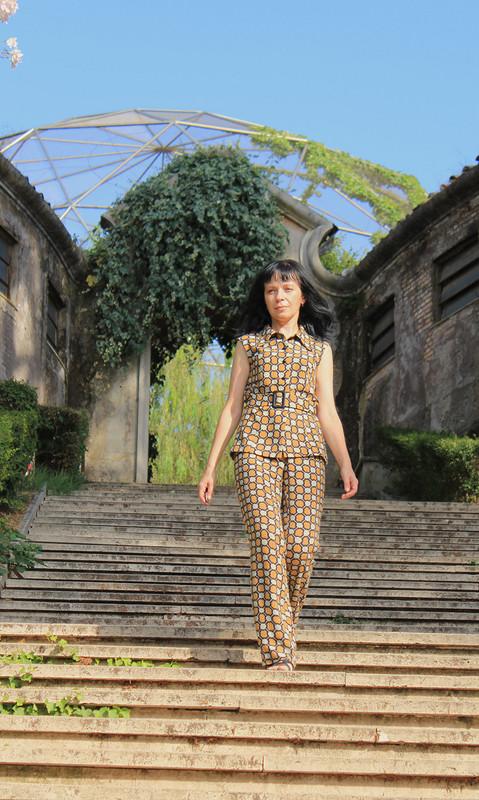 Брючный костюм подгрифом Prada от Oceola