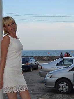 Работа с названием Любимое платье мужа)
