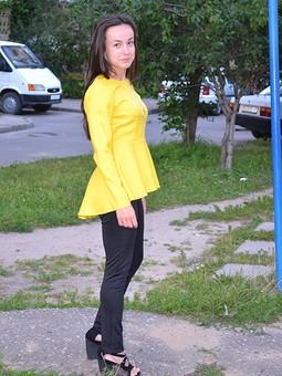 Работа с названием Блуза с баской