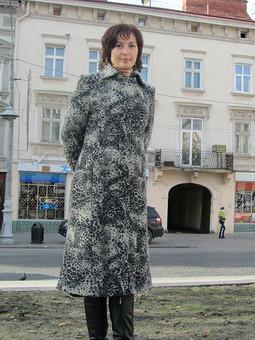 Работа с названием Пальто из ткани