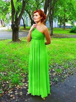 Работа с названием Моё зеленое яблочко или платье на свадьбу