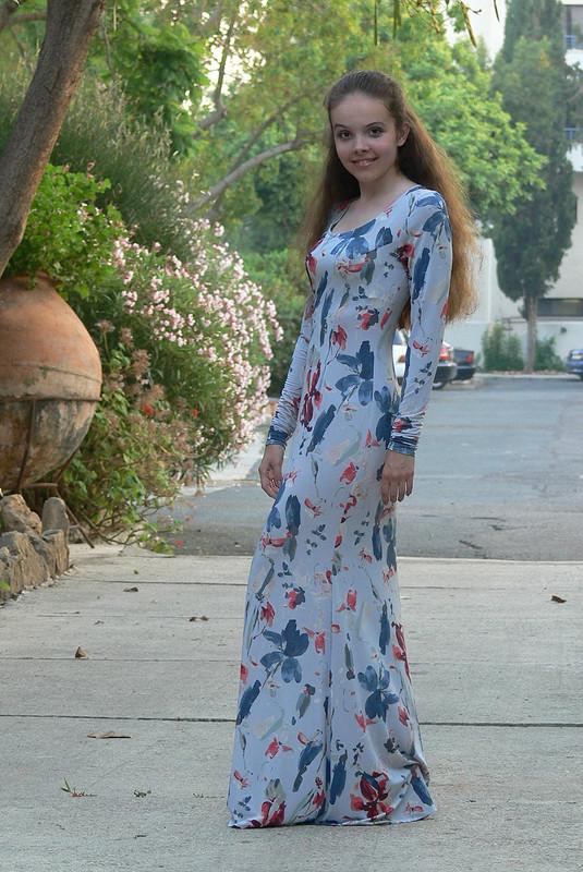 Влюбленная вплатье!