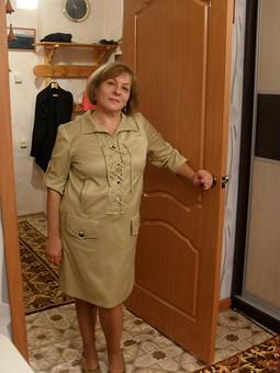 Работа с названием платье для тёплого начала осени.