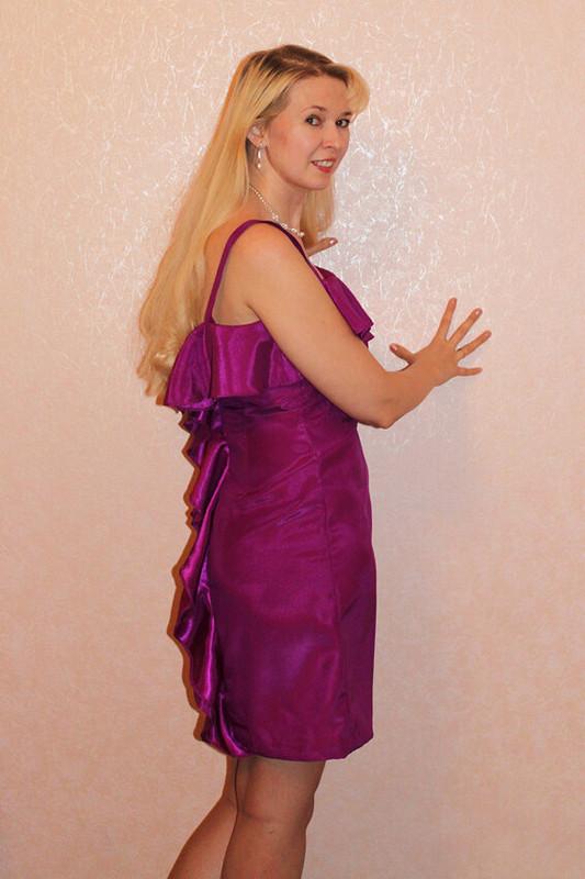 Платье цвета Фуксия от Serna
