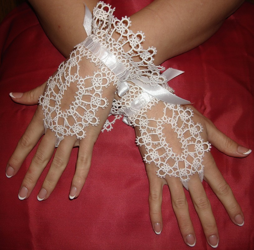 Свадебные перчатки от Gail Weaver