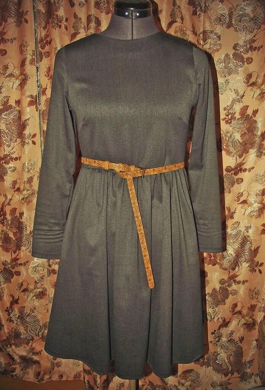Первое платье
