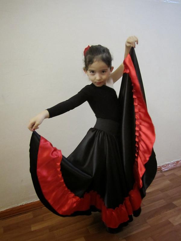 Испанский костюм длядочери от Анель