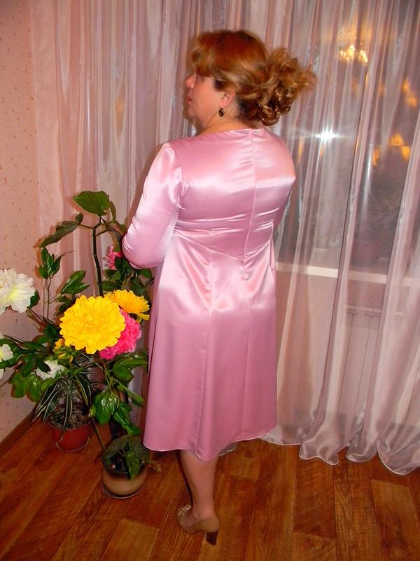 Из розового дюшеса. от lara surkova