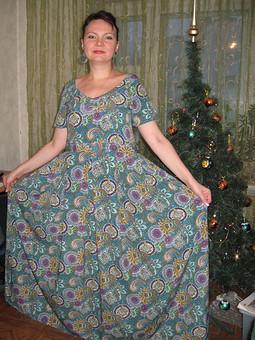 Работа с названием платье в пол к Новому Году