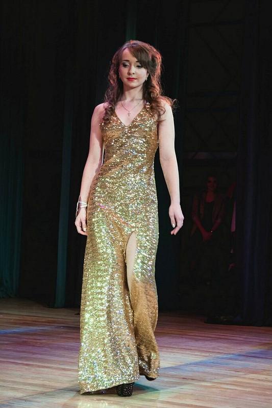 Платье дляконкурса красоты от Khioara