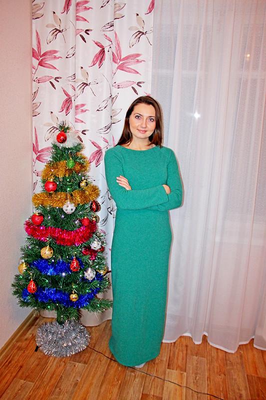 Изумрудное платье впол от loveskiss