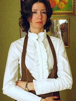 Работа с названием Блуза с рюшами