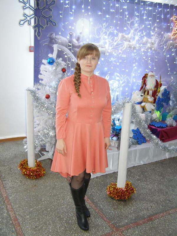 коралловое платье от valunchik