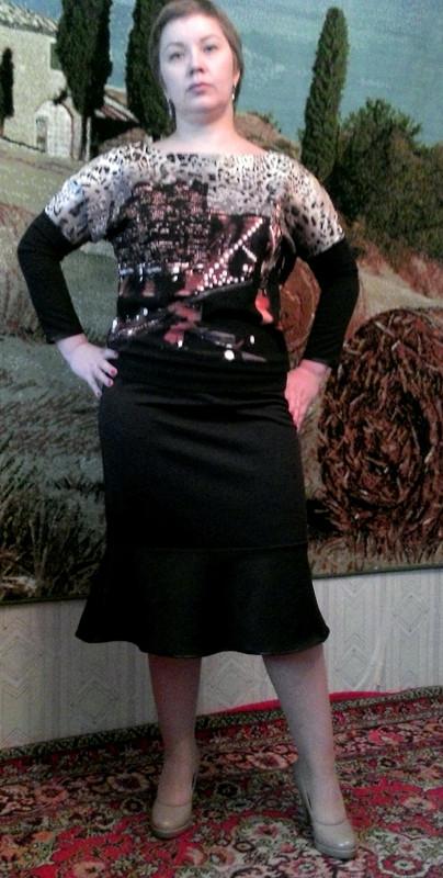 Блузка июбка.