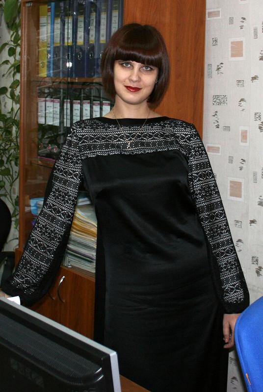 Длинное черное платье от lightlee