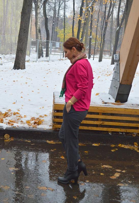 Новые брюки ипервый снег