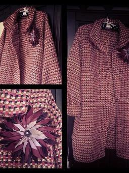 Работа с названием Пальто оверсайз в стиле Шанель