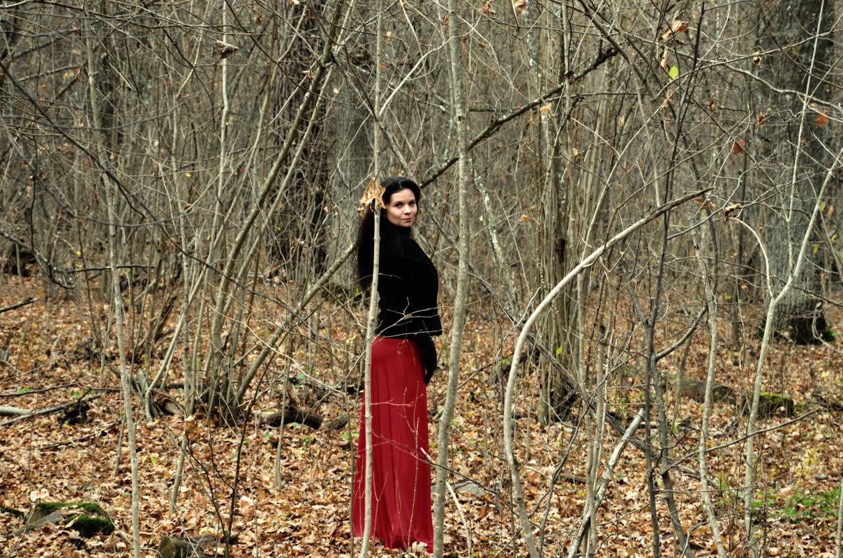 Просто красная юбка