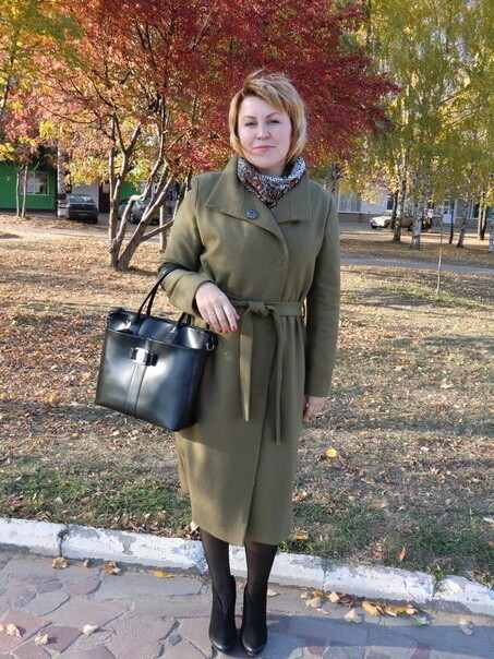 Быть втренде! - пальто модного цвета этой осени. от Pravdinka