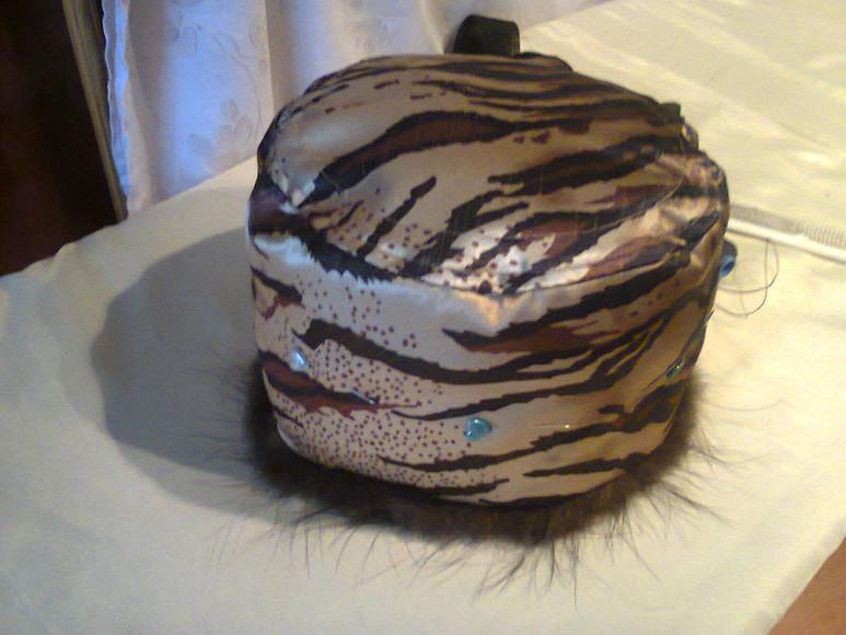 Как сшить женскую меховую шапку-таблетку