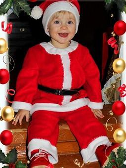 Работа с названием Мой маленький Санта!