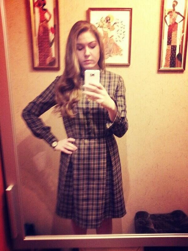 Платье вклетку)