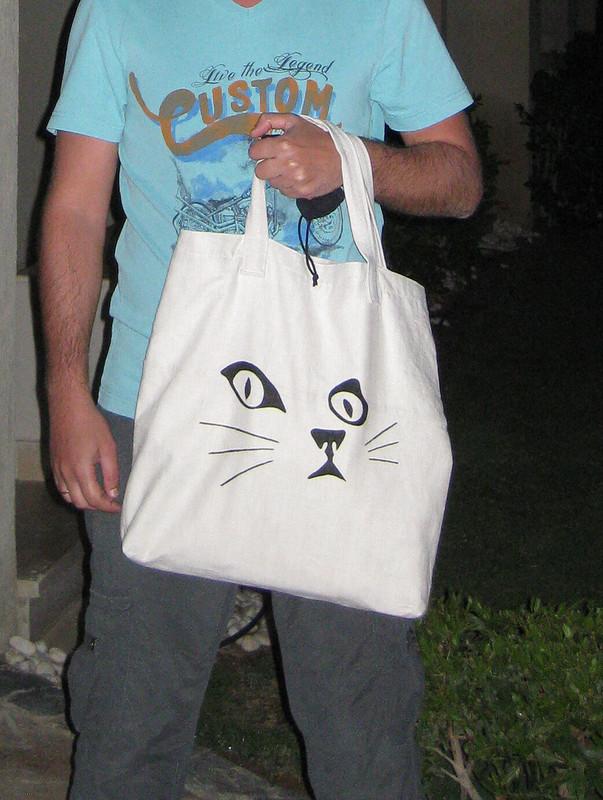 Много сумок