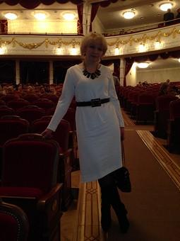 Работа с названием Оперное платье :-)