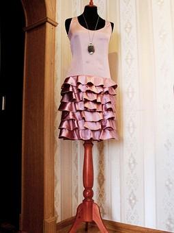Работа с названием романтическое коктельное платье