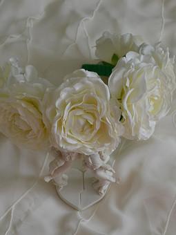 Работа с названием цветочный обруч