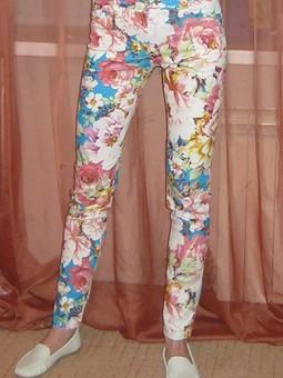 Работа с названием Сбылась мечта - цветастые джинсы)