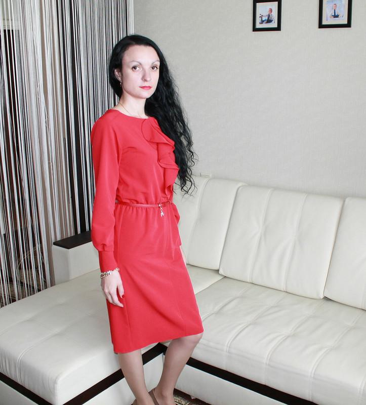 Девушка вкрасном... от Ольга Р