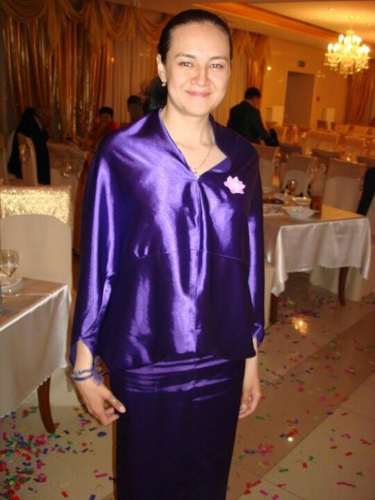 Платье изстрейч атласа от eve100