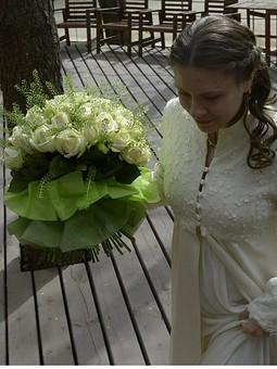 Работа с названием Свадебное легкое пальто