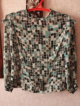 Работа с названием любимая блузка
