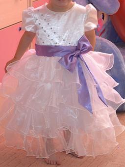 Работа с названием Нарядное платье на девочку