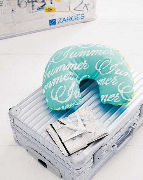 Туристическая подушка дляшеи