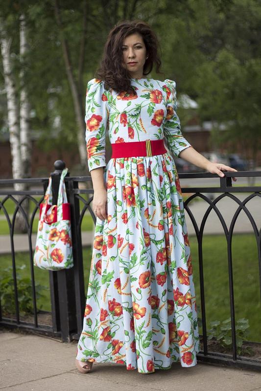 Платье- красные маки :)