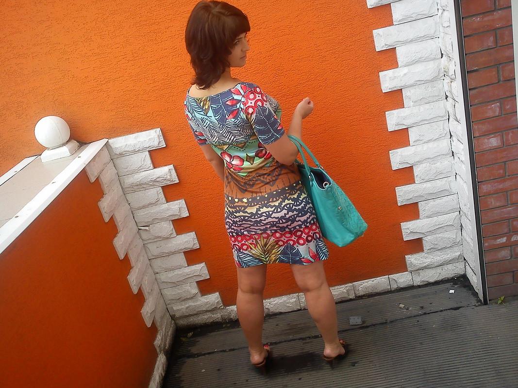 Платье  доченьке