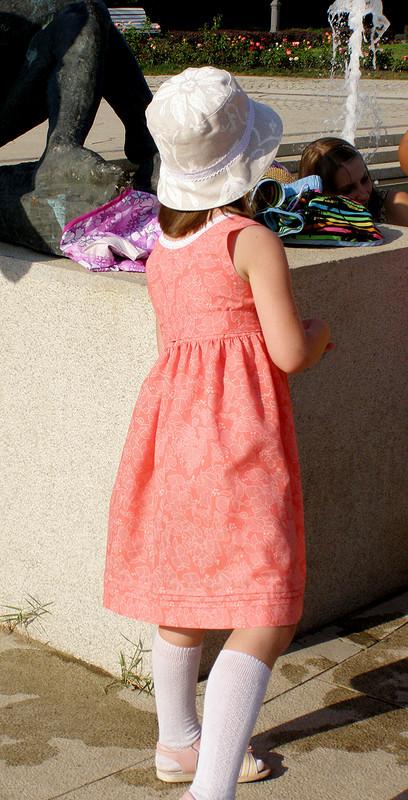 Складочное платье длядочки